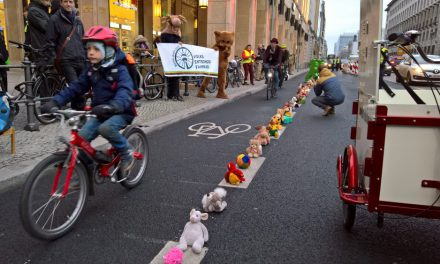 Bärchen für sichere Radwege