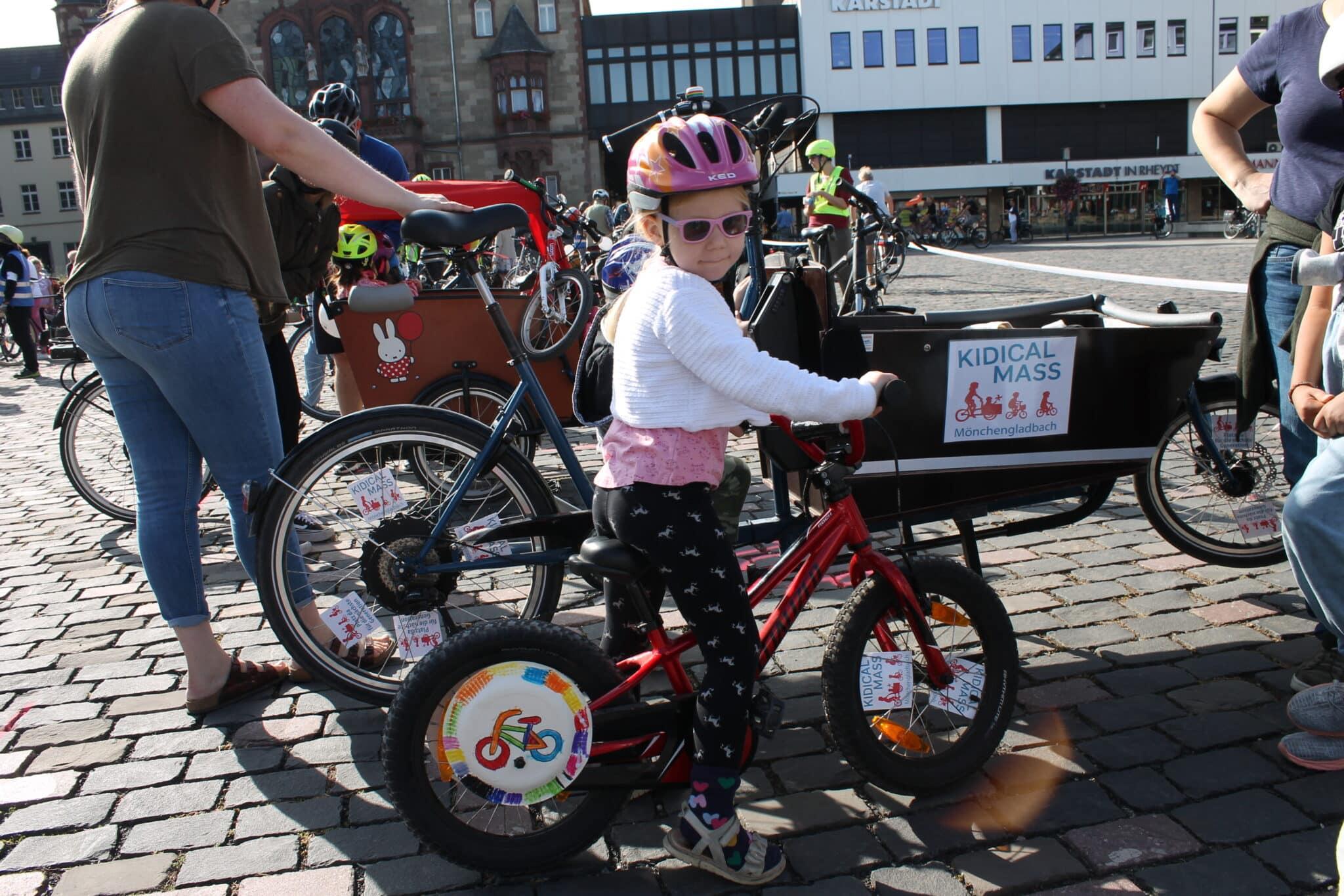 KIDICAL MASS, Mehr sichere Radwege!  Foto: Sebastian Peter