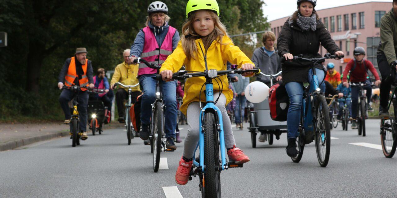Kidical Mass: Zehntausende Kinder und Familien erobern die Straßen zurück!